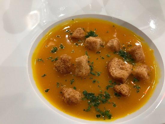 Segre, France : La soupe aux potimarons
