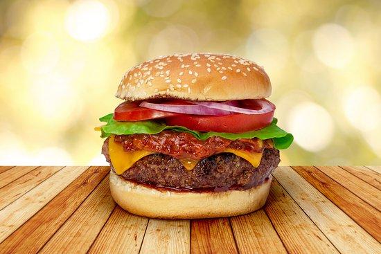 Hollywood Me Restaurant & Coffee Shop: Sunset BBQ Burger