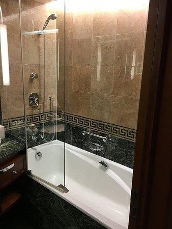 salle de bain, un peu petite