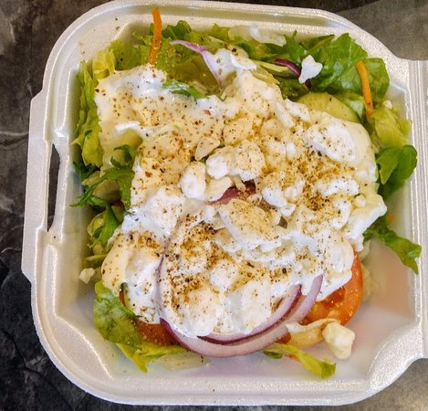 Reidsville, NC: Tossed salad with ranch and I added feta cheese.