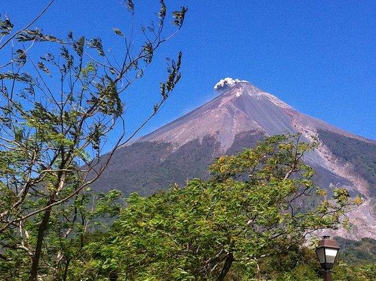 Alotenango, Guatemala: The resort is next to the volcano. Not a problem .