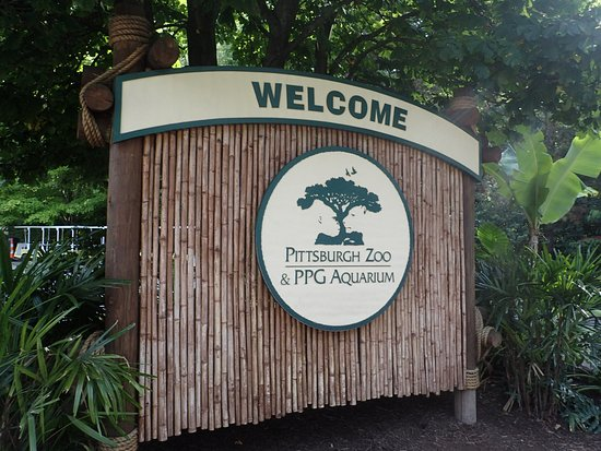Pittsburgh Zoo & PPG Aquarium: Welcome sign