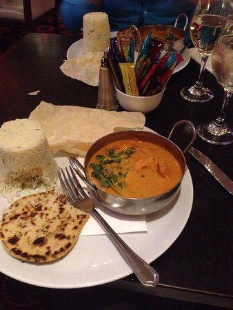 Athlone, Ireland: Indian meal in the bar, looked ok but didn't taste great