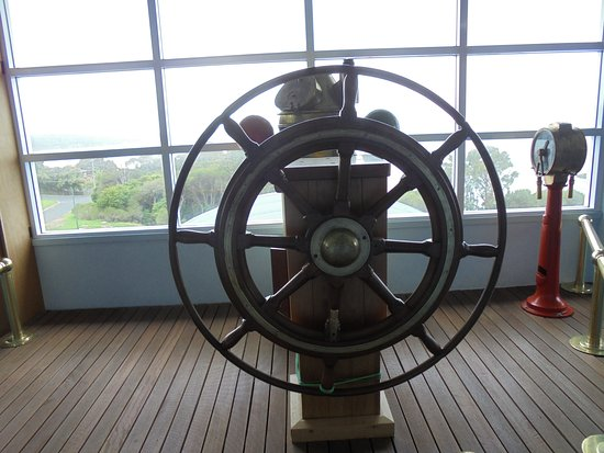 Killer Whale Museum: Wheelhouse