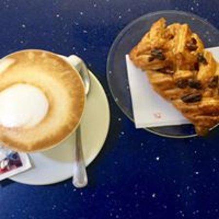 Rosia, İtalya: CAPPUCCINO E PASTA