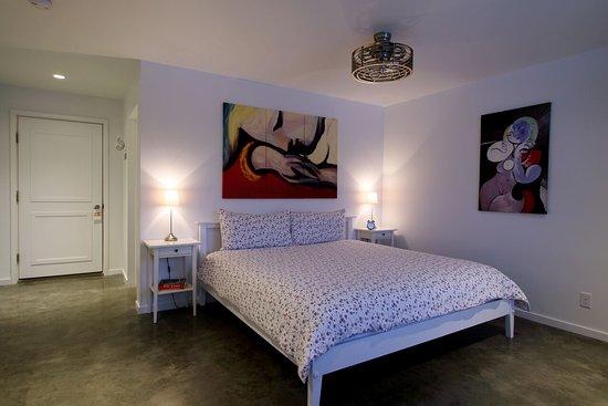 Underhill, VT: Picasso Room