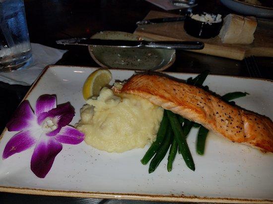 The Grill at Grande Vista : Great food