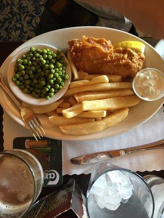 Crown & Anchor Pub: photo0.jpg
