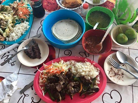 Las palmas cocina economica cozumel restaurant reviews - Cocinas las palmas ...