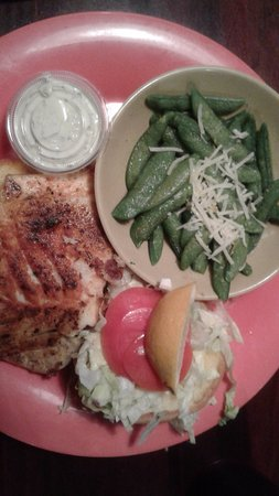 Sea Hag's Bar and Grill: blackened grouper wth snap peas and cole slaw