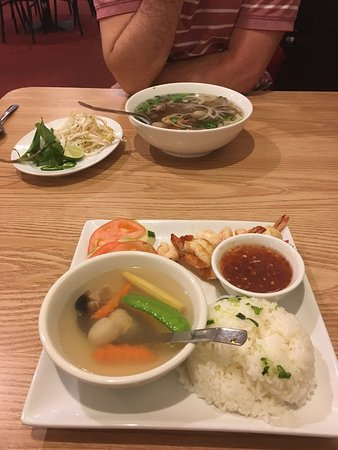 Friends and pho asian restaurant 2309 n triphammer rd for Asia cuisine ithaca ny