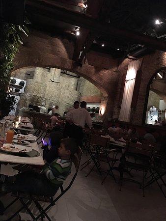 Veridiana Pizza: Ambiente maravilhoso
