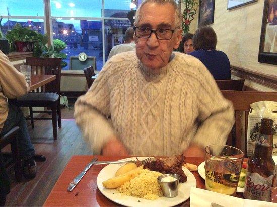 Kisamos Greek Taverna: photo4.jpg