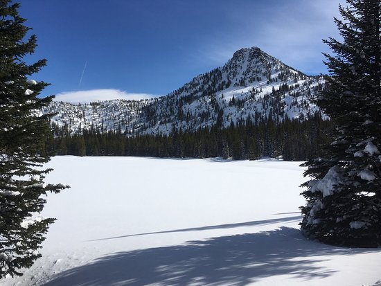 Haines, OR: Anthony lakes ski and lake in winter great fun