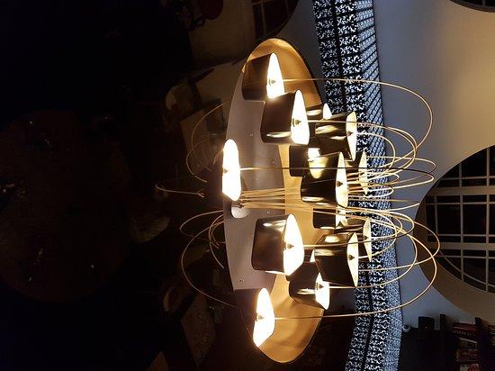 Une décoration au top. ..la mezzanine pour s\'attarder. . - Picture ...