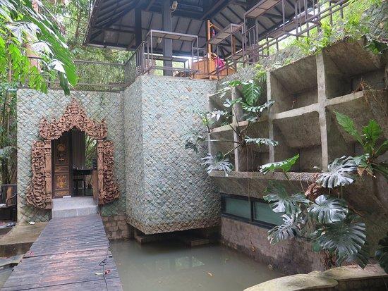 Lipa Noi, Thailand: Casa