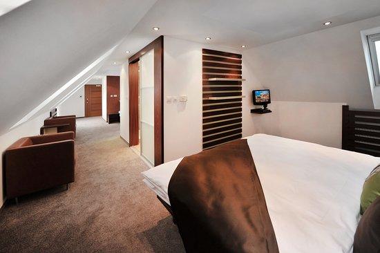 APLEND CITY Hotel Michalska: Quad room