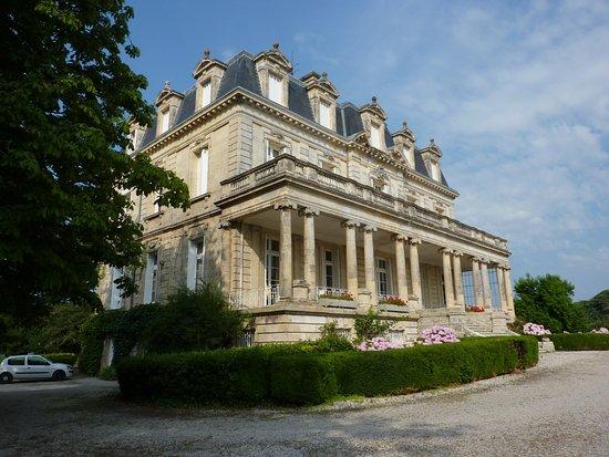 Begadan, ฝรั่งเศส: le chateau encore