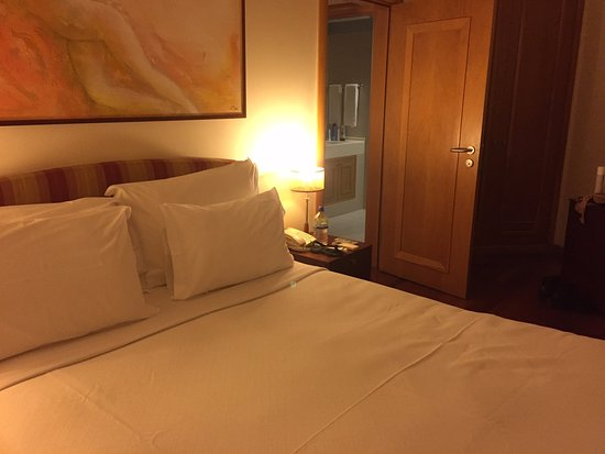 Linda-a-Velha, Portugal: bedroom