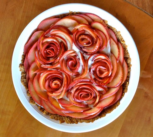 Chanticleer Inn B&B: Apple Rose Tart