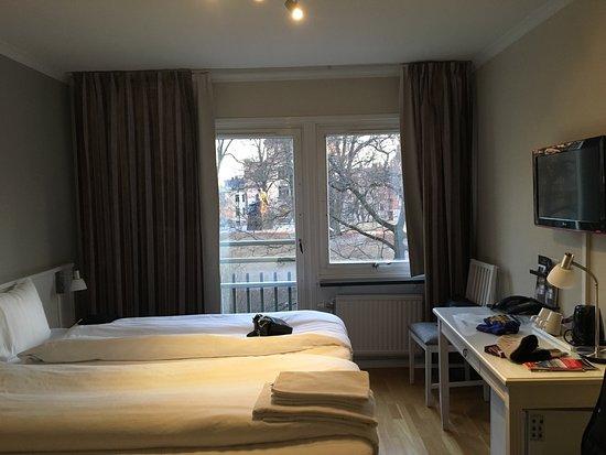 โรงแรมเทกเนอร์ลุนเดน