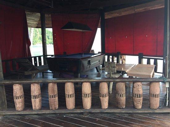 Chaloklum Bay Resort : Tout tombe en désuétude ! Le Billard sans billes et pourri !