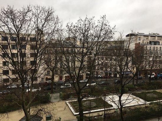 Vue boulevard chambre photo de hotel marais bastille - Chambre d hotes paris bastille ...
