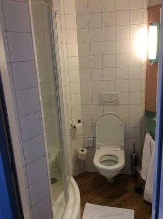 Salle de bain W.C - Bild von Ibis Wien City, Wien - TripAdvisor