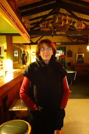 Tarbert, Irlanda: the lovely lady who invited us in on a cold day <3