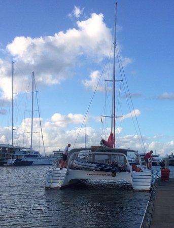 Reef Daytripper: setting sail