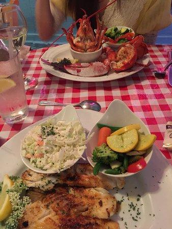 Lobster Pot Restaurant: photo1.jpg