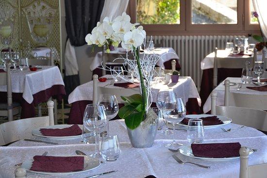 Rians, Frankrijk: Salle de restauration intérieur
