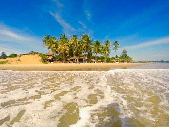 Upali Beach Surf Resort