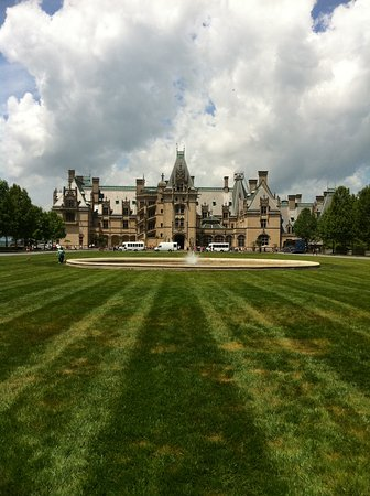 The Inn on Biltmore Estate: Regal setting in the North Carolina mountains