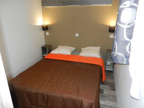 Camping Lu0027Eté Indien : Mobil Home 2 Chambres Confort, Lit Double, Chambre
