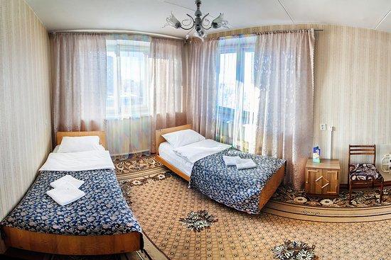 Ametist Hotel: Четырехместный номер (спальня1)
