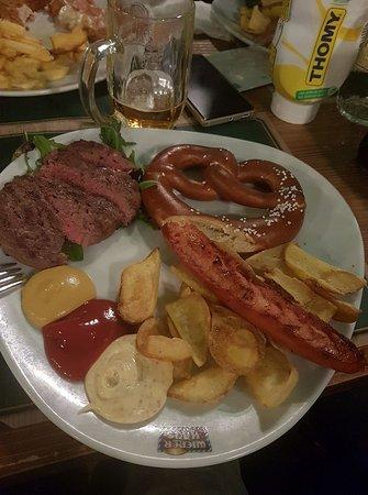 Wiener Haus: Abendessen!