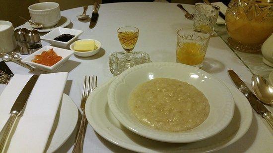 Ben Cruachan Guest House: Porridge au whisky