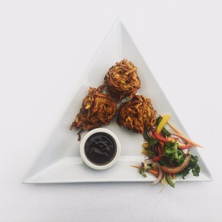 Cinderford, UK: Onion bhajee starter