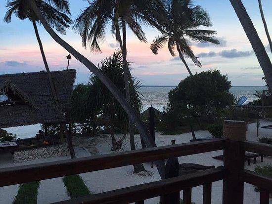 Foto Azanzi Beach Hotel