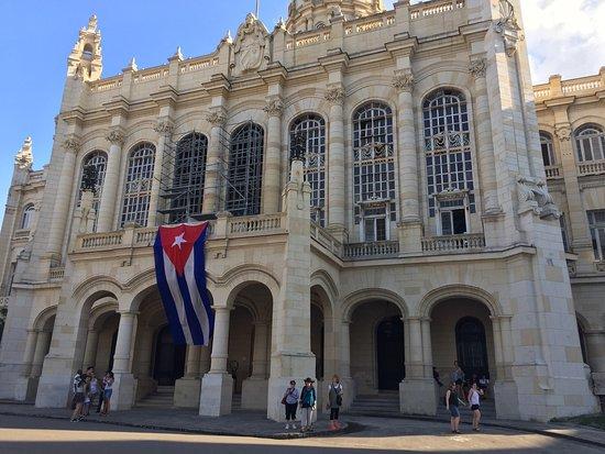 Museum of Music (Museo de la Musica)