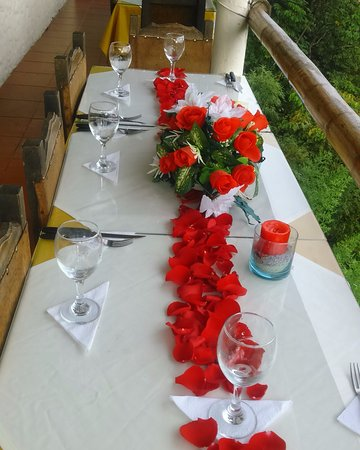 Decoracion De Mesa Para Cena Romantica Picture Of Restaurante - Cena-romantica-decoracion