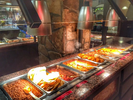 Average buffet food - Review of Sirloin Stockade, San Luis