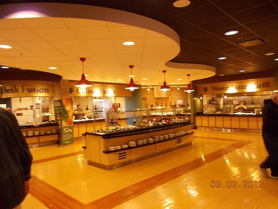 Fulton, MO: part of the buffet area
