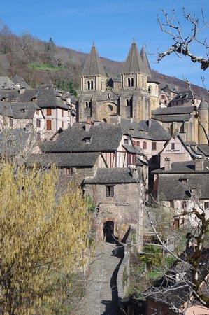 Conques, France: porte du village
