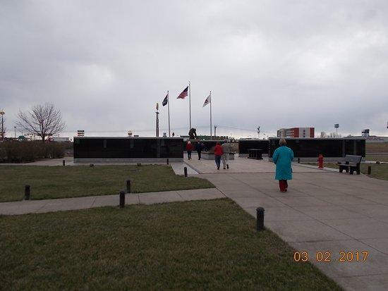 Kingdom City, MO: Memorial Mall