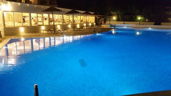 Mikri Vigla, Griekenland: Con ristorante illuminato