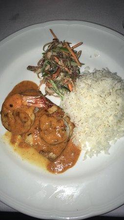 Galle Fort Hotel Restaurant: Panerad Maki Maki, räkor, ris och teriyakisås. Gott men har ätit godare till bättre priser på Sr
