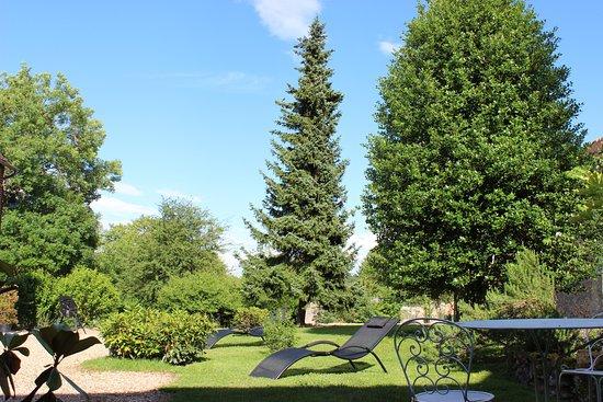 Saint-Pierre-de-Bailleul, France: Le Jardin