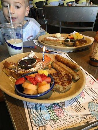 Del Mar, CA: Birthday breakfast